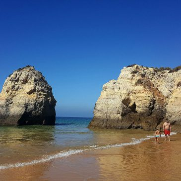 Algarve Beaches: Are They Worth Visiting?